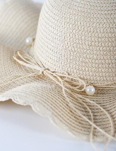 Chapeau à corde avec des...